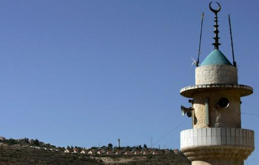 Israel PM backs bill to limit noise from mosques